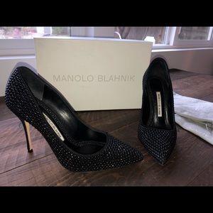 Black size 8.5 Beautiful Manolos